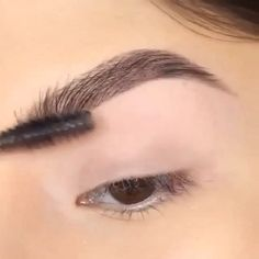 Beautiful brows by @danapackett - ONLY 7 VVIP TICKETS LEFT for the Toronto Makeup Seminar. Click the link in @glambymaryam's bio for tickets/info❤️
