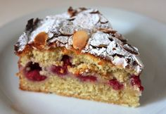Raspberry Bakewell Cake - all the yumminess of Bakewell Tart without the pastry but with the added sharpness of raspberries
