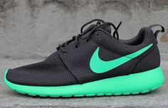 Super Cheap! women nike,nike free,nike shoes,nike air max,get one nike shoes only $21.9,Repin it now