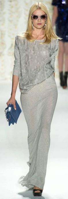 Explore Rachel Zoe on sale at Farfetch. Choose from of Rachel Zoe pieces at reduced prices. Look Fashion, Runway Fashion, High Fashion, Fashion Beauty, Fashion Show, Womens Fashion, Fashion Design, Nyc Fashion, Rachel Zoe