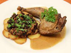 Civet de Faisan Chasseur aux Cèpes - Une recette rustique certes, mais qui peut trouver sa place dans un repas de fête ! Photo : http://la-cuisine-des-jours.over-blog.com © 2013