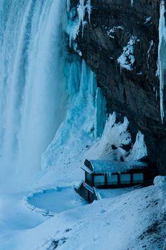 Horseshoe Falls, Niagara Falls, Ontario, Canada, ©flash parker