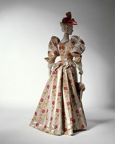 Dinner Dress Made By Alice M. Dunstan (American, Active 1892-1926) - American   c.1895  -  The Metropolitan Museum Of Art