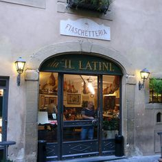 Il Latini, one of my favorite restaurants in Florence. Always a fun and friendly place to enjoy your Florentine favorites.