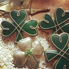 Beautiful (and edible!) clover cookies Teri Pringle Wood