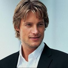 Gabriel Aubry - my NEW inspiration for the Duke of Lyons. Doesn't he look like a lord here?