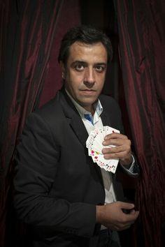 Mago Tony Frackson. Magia y Mago en Granada y Badajoz para bodas y eventos de empresa. Llama ya: 609 46 82 84