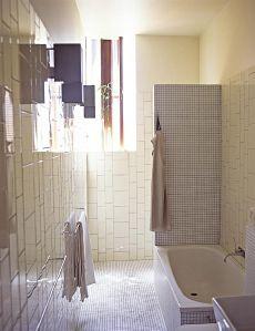 Donovan Hill bathroom
