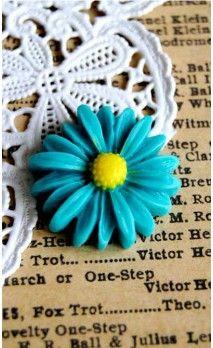 Paquerette résine couleur bleue pour bijoux et scrapbooking