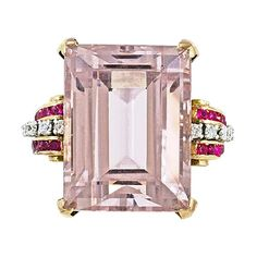 48 carat Morganite ring set in rose gold....Yes Pleas but it doesn't have to be 48 carats