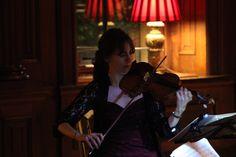 Sara Trickey with the Odysseus Piano Trio performing at Cliveden on Sunday evening. www.amadeclassica... odysseustrio.com/ www.clivedenhouse...
