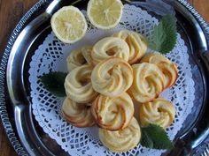 Citromos karika Recept képpel - Mindmegette.hu - Receptek Pancakes, Garlic, Vegetables, Breakfast, Food, Morning Coffee, Essen, Pancake, Vegetable Recipes