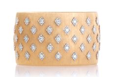 BUCCELLATI 18k gold kite shaped diamond bracelet