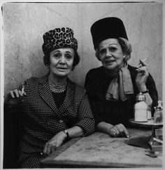 Diane Arbus, Two Ladies at the Automat, N.Y.C.