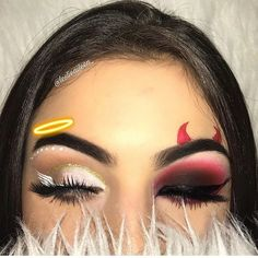 Try the Two-Faced Halloween Look That's Breaking the Internet Loading. Try the Two-Faced Halloween Look That's Breaking the Internet Visage Halloween, Amazing Halloween Makeup, Halloween Halloween, Angel Make Up Halloween, Devil Makeup Halloween, Awesome Makeup, Halloween Costumes, Pretty Halloween, Perfect Makeup