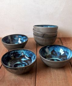 This set of blue ceramic bowls is great for the whole family to enjoy your treats. It's a set of 4 blue pottery bowls that are perfect dipping bowls or serving small dish. Pottery Bowls, Ceramic Bowls, Ceramic Pottery, Stoneware, Pottery Barn, Paint Your Own Pottery, Ice Cream Bowl, Cafetiere, Blue Bowl