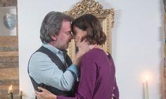 Couples, Couple Photos, News, Greek, Couple Shots, Greek Language, Romantic Couples, Couple, Greece