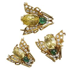 Van Cleef & Arpels | A Set of Yellow Sapphire and Emerald Bee Brooches