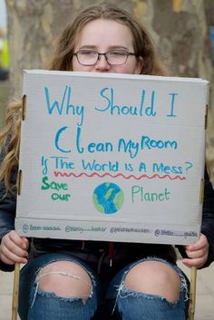 Students will not give up on climate change, and these are the signs that prove it, Protest Posters, Protest Signs, Slogan, Glaciers Melting, School Strike, Change Background, Funny Relatable Memes, Funny Signs, Climate Change