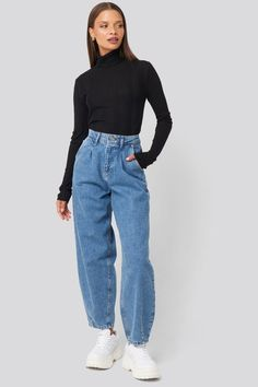 Women Casual Jeans Outfit Raw Denim Jeans Dress Trousers Casual Hooligan Clothing Slim Pants Funky Casual Outfits Casual Wear For Kid Boy Loose Jeans Outfit, Jeans Outfit Winter, Winter Fashion Outfits, Look Fashion, Woman Fashion, Fall Jeans, Summer Jeans, Outfit Summer, Fashion 2020