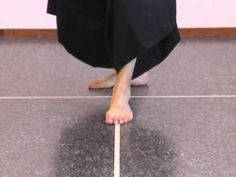 Aikido instruction: jo suburi 1 thru 20 - YouTube