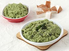 Coconut and Coriander Dip - Green Coconut Chutney
