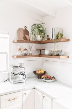 50 Terrific Small and Simple Kitchen Design Ideas Don't feel limited by a small kitchen area. These 50 layouts for smaller kitchen spaces to motivate you to take advantage of your very own small kitchen Kitchen Corner, Kitchen Dining, Kitchen Small, Kitchen Cabinets, Kitchen Rustic, Open Shelf Kitchen, Kitchen Shelf Decor, Floating Shelves In Kitchen, Shaker Cabinets