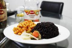 Siyah Pirinç Pilavı ve Kuru Fasulye Tarifi berraktursulari.com.tr'de