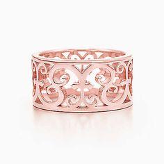 Tiffany Enchant® wide ring in RUBEDO® metal.