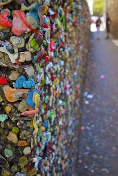 Smells fruity : ) Visit the infamous Bubble Gum Alley in Downtown San Luis Obispo.tried to find on a trip down there, never got to it :( San Luis Obispo California, San Luis Obispo County, California Coast, California Dreamin', Pismo Beach, Pacific Coast Highway, Photo Location, Summer Travel, Places To See