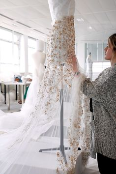 The Making Of A Couture Bride - Ralph and Russo #blanc #blanccomm @blanccomm
