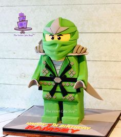 Ramsey's 7th Birthday Green Ninja from Lego Ninjago - side - twm TVCS