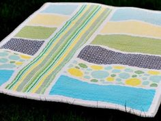 Modern baby quilt #quilt