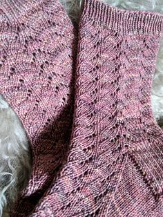 Knitting Patterns Socks Ravelry: Wazy pattern by Jennifer Beever Knitted Socks Free Pattern, Crochet Socks, Knit Or Crochet, Knitting Socks, Knitting Patterns Free, Knit Patterns, Free Knitting, Lace Socks, Wool Socks