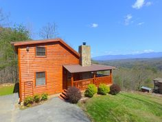 BEST MOUNTAIN VIEW Cabin Near Dollywood with seclusion, internet, & game room - Pigeon Forge Pet Friendly Cabins, Secluded Cabin, Smoky Mountains Cabins, Pigeon Forge Cabins, Gatlinburg Cabins, Enjoy Your Vacation, Outdoor Fire, Cabin Rentals, Rental Property