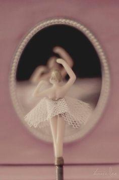 @Violet dusty rose ✿⊱╮