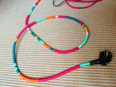 DIY wrap electrical cords in embroidery thread. Tv Diy, Cute Crafts, Diy Crafts, Headphone Wrap, Electrical Cord, Embroidery Thread, Friendship Bracelets, Crafty, How To Make