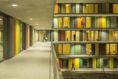 Galeria de Centro de Convenções da SwissTech + Residência Estudantil / Richter…