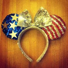 Kaylie would love these!! She loves American anything and of course loves Minnie!!