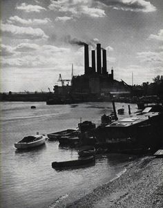 Lots Road Power Station Chelsea Battersea Power Station, Abandoned Ships, Art Deco Stil, London History, School Photography, Greater London, Old London, Street Photographers, London Calling