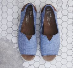 1b251f11c084 Chambray open-toe espadrille