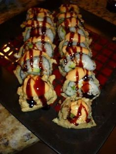 Las Vegas Roll Sushi recipe - Needs a little tweaking. Las Vegas Roll Sushi Recipe, Fried Sushi Roll Recipe, Cooked Sushi Rolls, Homemade Sushi Rolls, Cooked Sushi Recipes, Sushi Roll Recipes, Cooking Recipes, Deep Fried Sushi, Cooking Pork