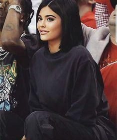 26 Trendy Ideas For Kylie Jenner Short Hair Black Kyle Jenner, Kylie Jenner Bob, Kylie Jenner Outfits, Pelo Corto Kylie Jenner, Peinados Kylie Jenner, Maquillaje Kylie Jenner, Trajes Kylie Jenner, Kylie Jenner Makeup, Kylie Jenner Style