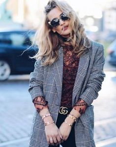 Check and lace Jacket Outfit, Blazer Outfits, Plaid Jacket, Plaid Blazer, Blazer Jacket, Trend Fashion, Look Fashion, Fashion Outfits, Fashion Fall
