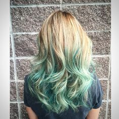 Golden blonde to pastel green ombre hair ❤️ Want to try?