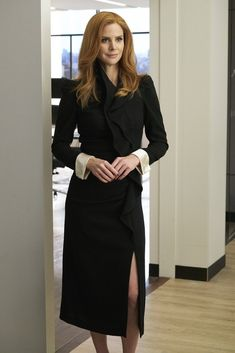 Sarah Rafferty as Donna Paulsen, Suits Season 7 Episode 13: Inevitable