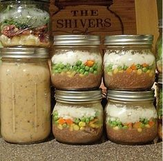 Learn how to prep your meals ahead of time by cooking in mason jars. This cookbook will show you how!  www.littlemissmasonjar.com
