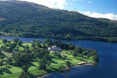 Golf course in Scotland, Loch Lomond. Golfbaan in Schotland.