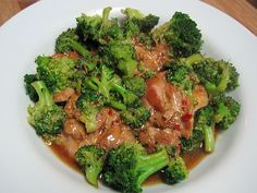 Chicken & Broccoli: 4 chicken breasts, 4 cups broccoli, 2 cloves garlic, 3/4 c beef broth, 1 T oyster sauce, 1 t soy sauce, 1/2 t Splenda, 1/2 t red pepper flakes .. Tweak for THM