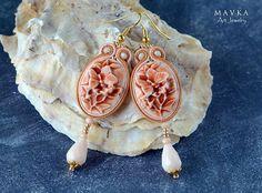 Orecchini marrone beige / Handmade orecchini / Victorian orecchini / ricamati a mano / Orecchini Soutache / dichiarazione Orecchini / Fimo